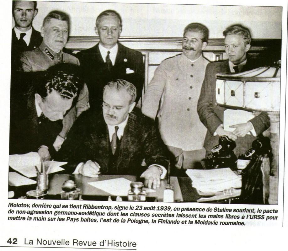 Hitler et Staline montent dans un ballon004