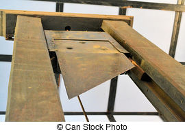 guillotine-exC3A9cution-image_csp17451316.jpg